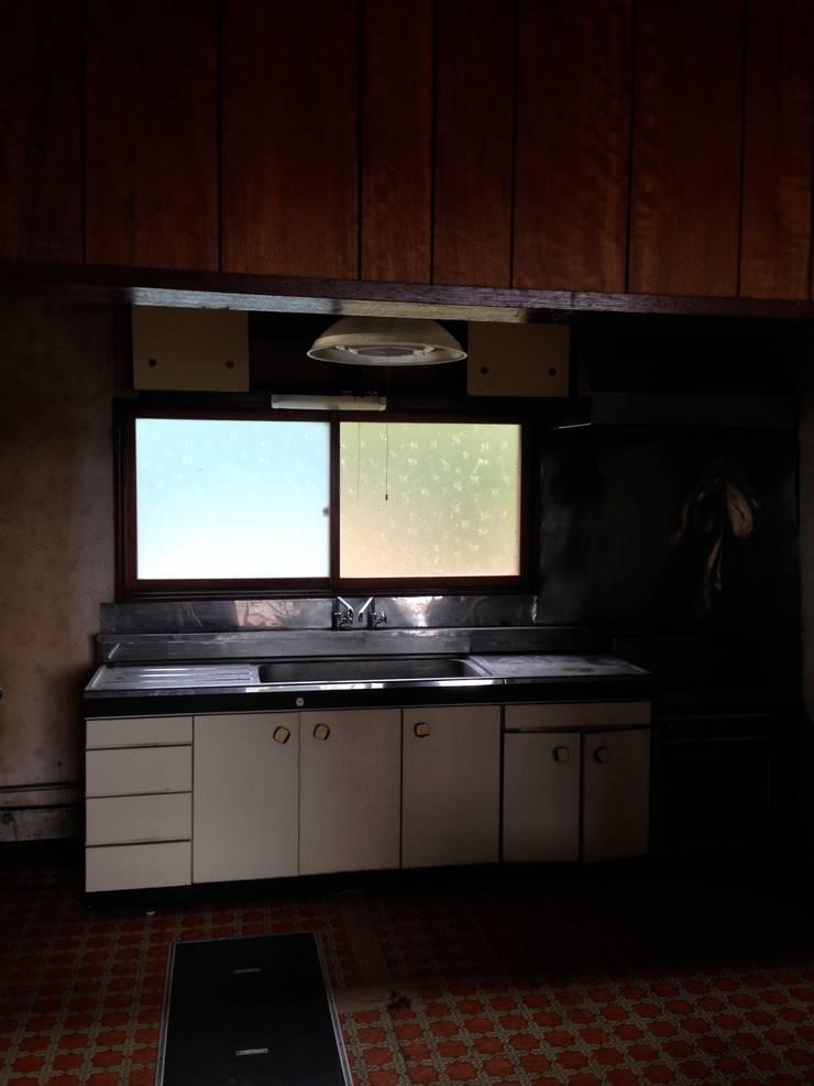 工事前 キッチン: ゲンカンパニー / Gen & Co.が手掛けたです。