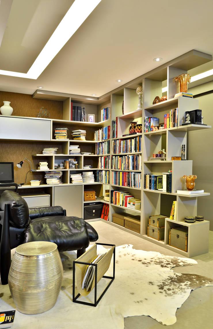 SALA: Salas multimídia  por Edílson Campelo Arquitetura,