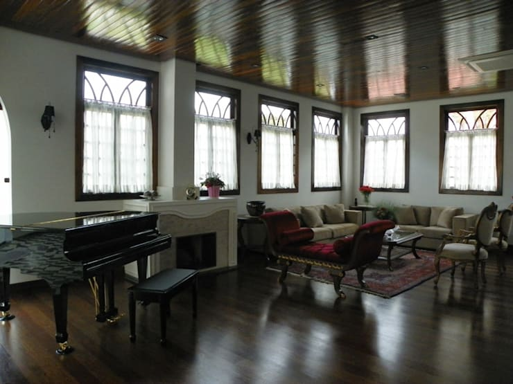 Sala de estar 2: Salas de estar  por BUZZI & SILVA ARQUITETOS ASSOCIADOS,