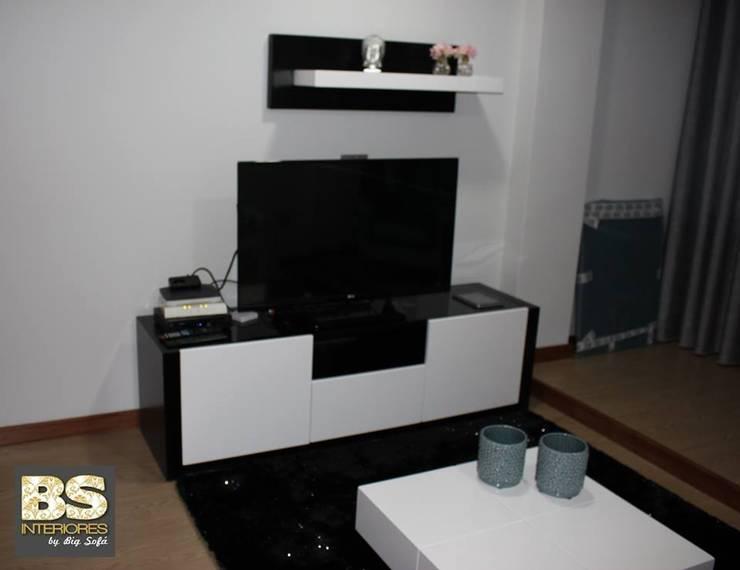 Sala de Estar/Jantar Prestígio: Sala de estar  por BS Interiores