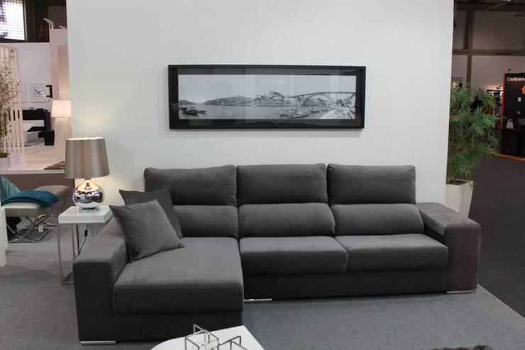 Sala de Estar Luna: Salas de estar  por BS Interiores