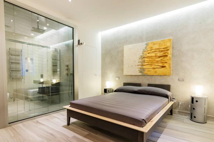 Bedroom by architetto raffaele caruso,