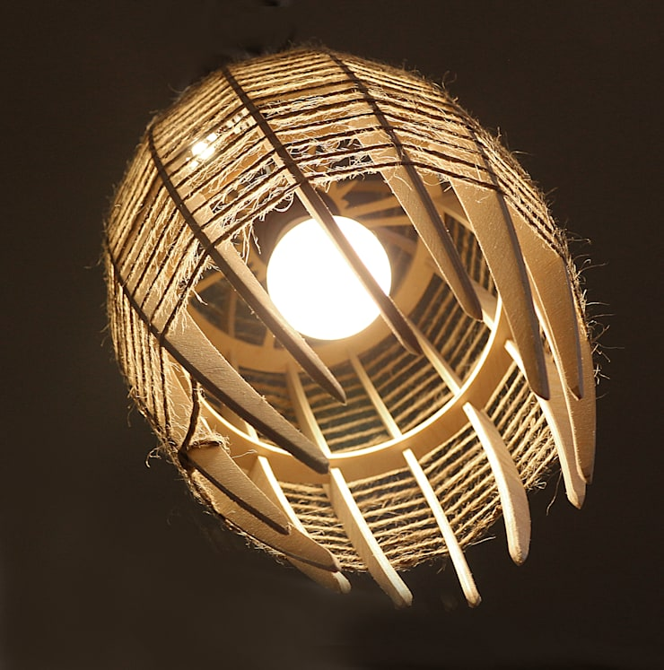 "Люстра-светильник ""КОКОН"": Балкон, веранда и терраса в . Автор – Чудо дерево"