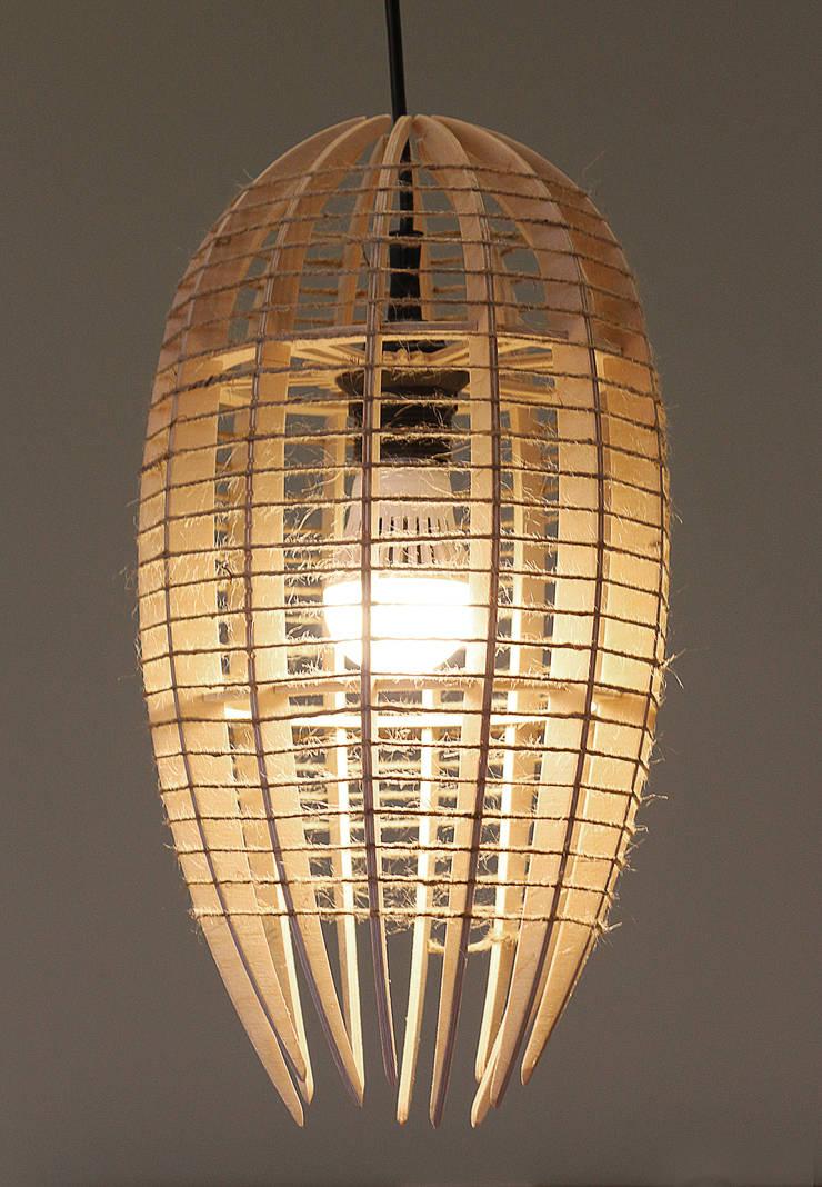 Люстра-светильник <q>КОКОН</q>: Балкон, веранда и терраса в . Автор – Чудо дерево