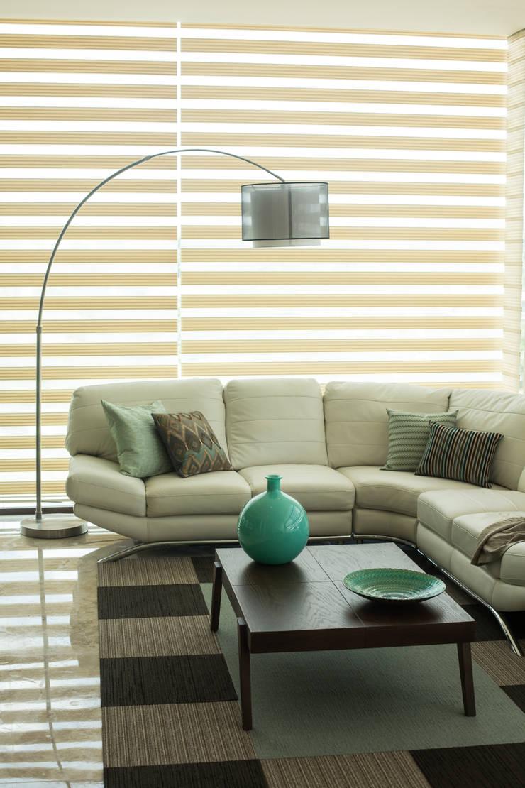 Family room.: Salas de estilo  por Dovela Interiorismo