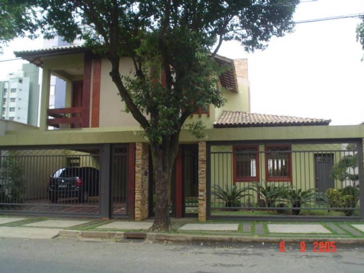 Casas de estilo topical por Solange Figueiredo - ALLS Arquitetura e engenharia