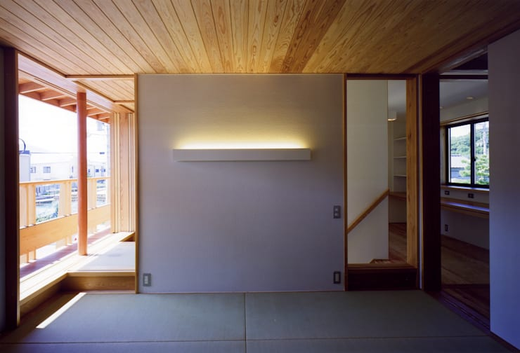Chambre asiatique par 辻健二郎建築設計事務所 Asiatique