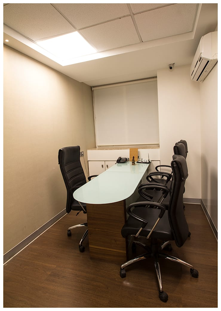 Corporate Office for Vilas Javdekar Developers Pune. :  Offices & stores by Archilab Design Solutions Pvt.Ltd.