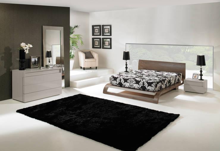 Mobiliário de quarto Bedroom furniture www.intense-mobiliario.com  Frank http://intense-mobiliario.com/product.php?id_product=3461: Quarto  por Intense mobiliário e interiores;