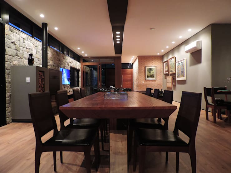 Dining room by UNION Architectural Concept,