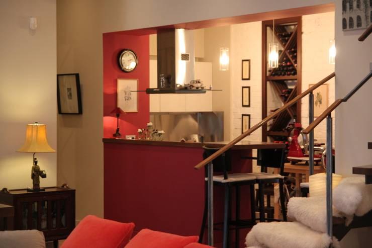 квартира холостяка: Кухни в . Автор – Circus28_interior,