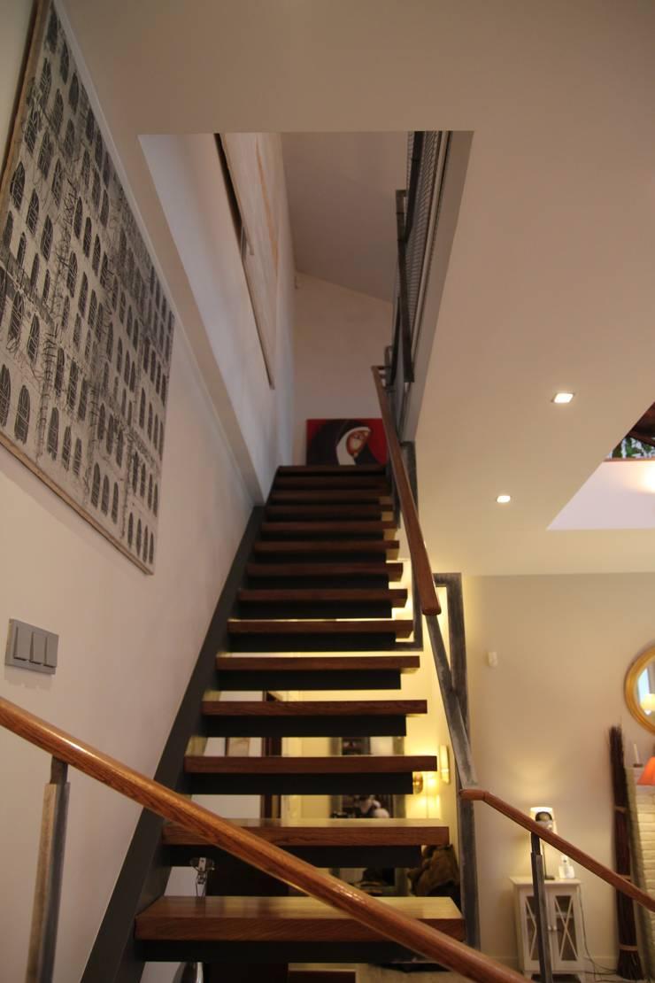 квартира холостяка: Коридор и прихожая в . Автор – Circus28_interior,