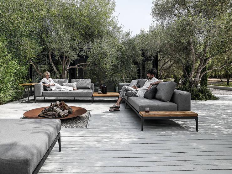 GRID Lounge - von Gloster Furniture:  Garten von FRIEDRICH Living e.K.