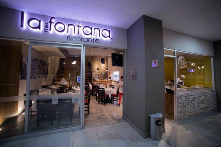 Locales gastronómicos de estilo  de Taller La Semilla, Minimalista