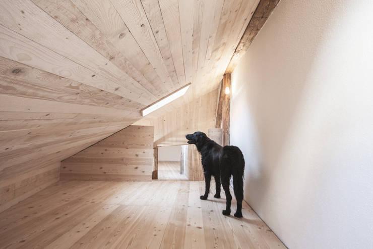 Arbeitszimmer:  Arbeitszimmer von Studio für Architektur Bernd Vordermeier