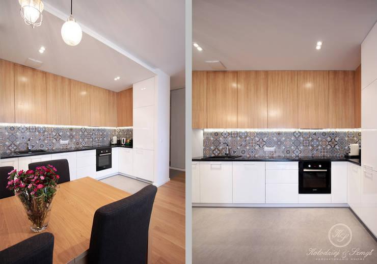OAK: styl , w kategorii Kuchnia zaprojektowany przez Kołodziej & Szmyt Projektowanie wnętrz,Nowoczesny