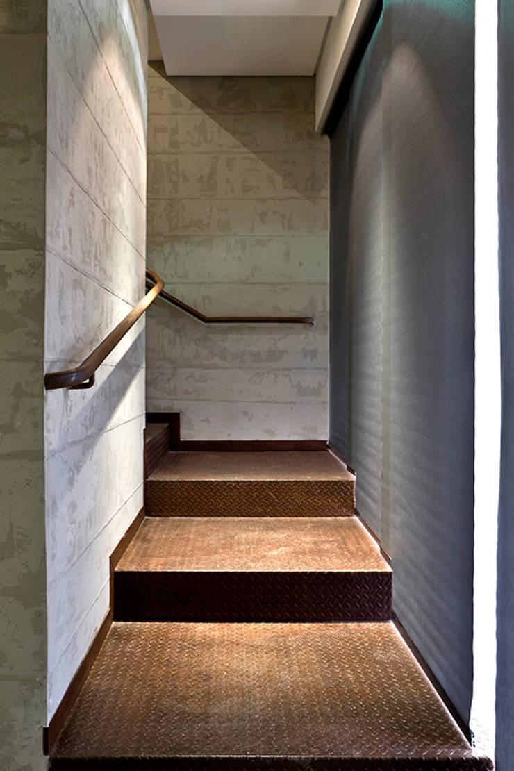 CONIF Brasilia: Centros de congressos  por 1:1 arquitetura:design,
