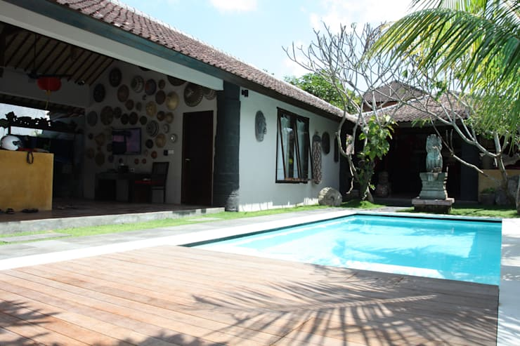проект реконструкции виллы на о. Бали, 2009: Бассейн в . Автор – PK AID