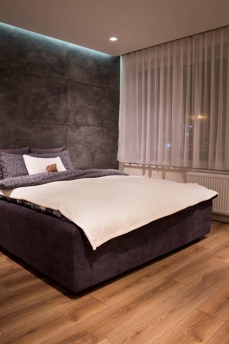 Realizacja wnętrz mieszkania  w Tychach: styl , w kategorii Sypialnia zaprojektowany przez Architekt Adam Wawoczny
