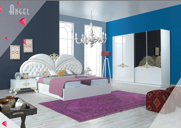 Gllamor Angel Bed:  Bedroom by Gllamor