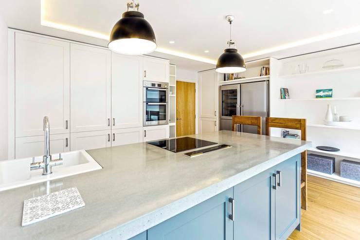 SE1 Extension: modern Kitchen by Designcubed