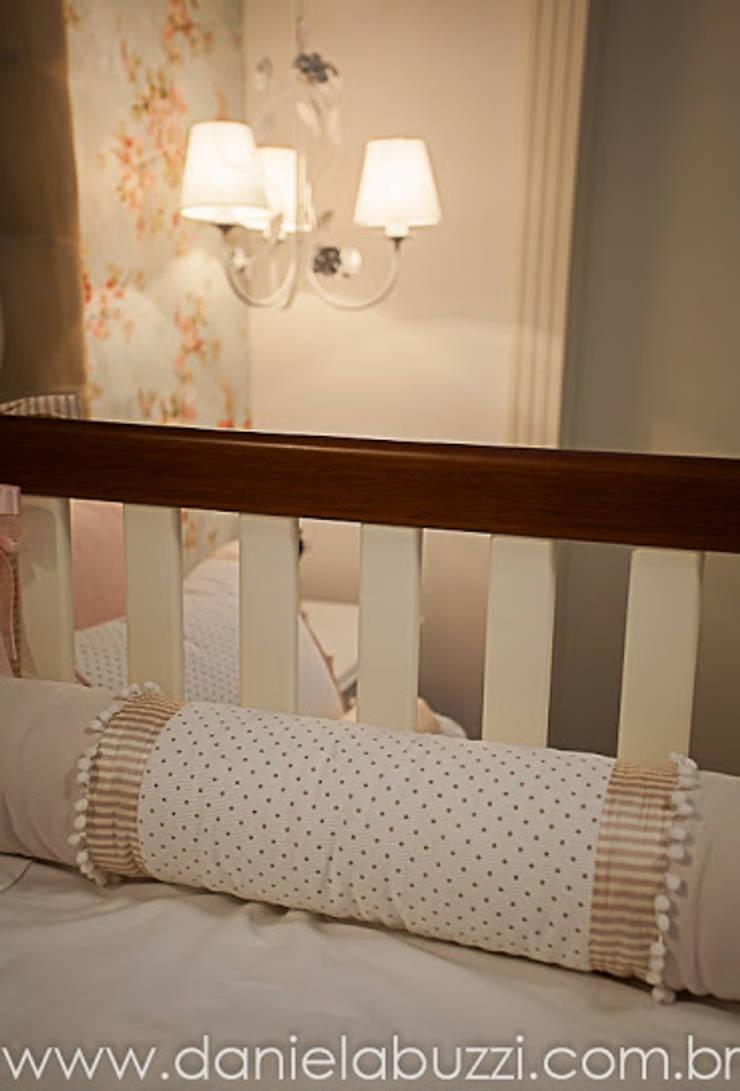 Quarto de Bebê – Menina Quarto infantil moderno por Spengler Decor Moderno