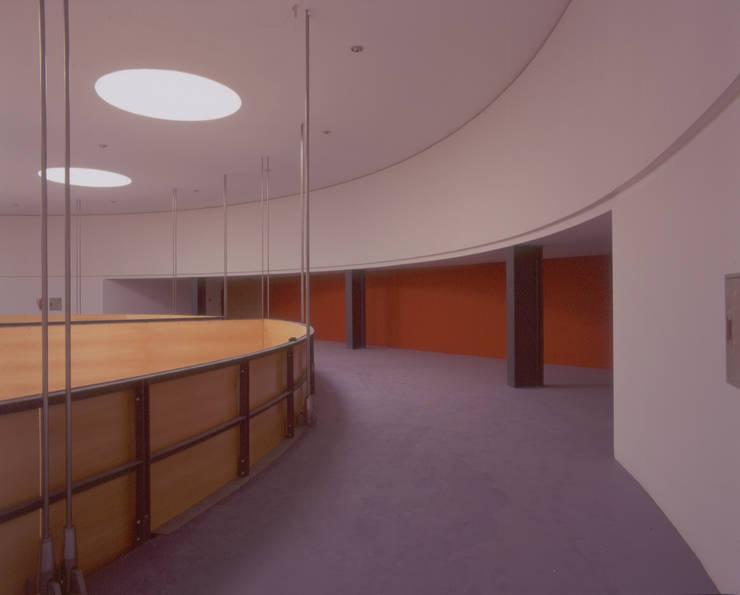 Pavilhão do Futuro Expo 98: Centros de exposições  por Miguel Guedes arquitetos
