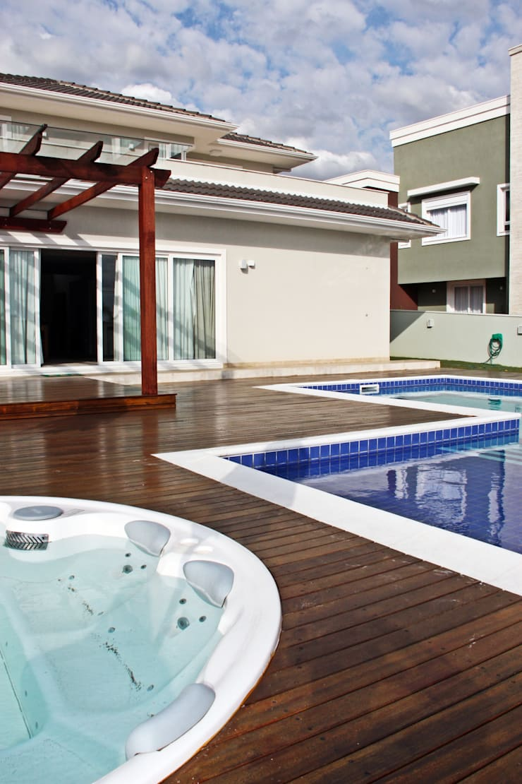 Pool by Angelica Pecego Arquitetura,