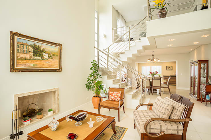 RRBT: Salas de estar ecléticas por Angelica Pecego Arquitetura