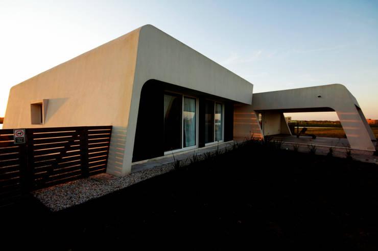 Casa MaLi: Casas de estilo  por MiD Arquitectura