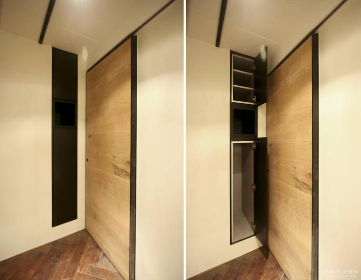 네 가족이 사는 심플모던스타일의 집_48py: 홍예디자인의  창문