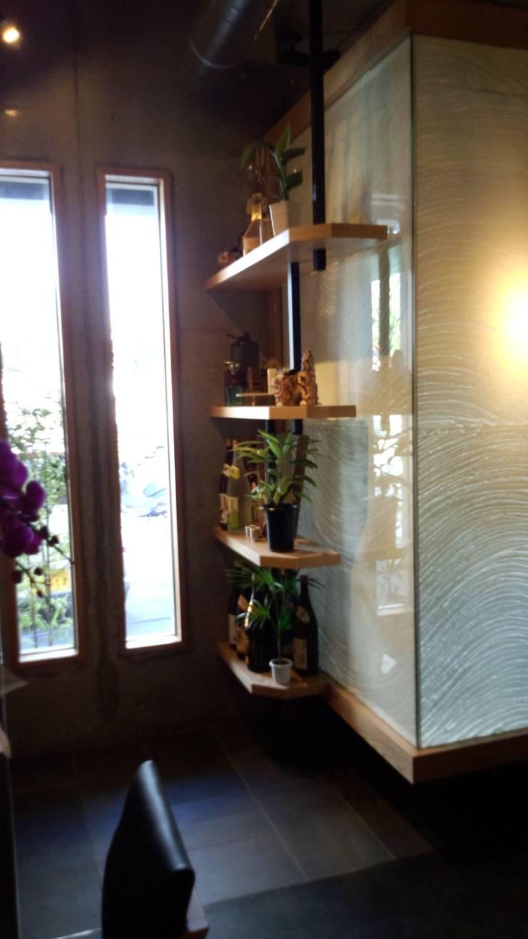 新城家: design work 五感+が手掛けた商業空間です。