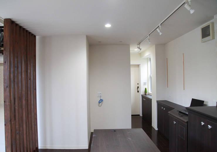 つは写真館: design work 五感+が手掛けた商業空間です。