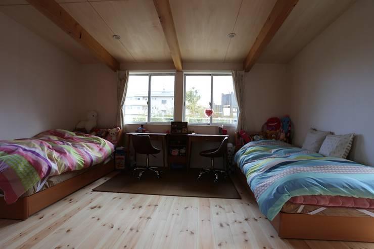 仕切れる子供室: 遠藤知世吉・建築設計工房が手掛けた子供部屋です。
