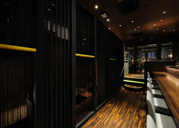 Bars & clubs by design work 五感+, Eclectic