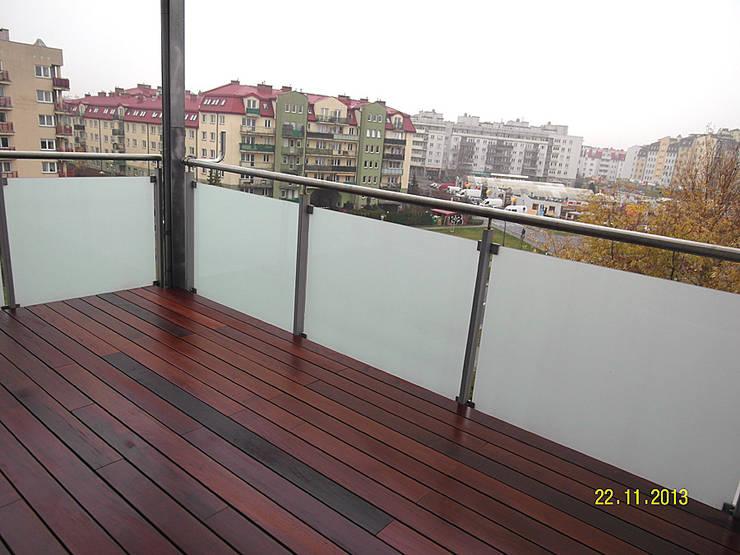 Taras drewniany. Realizacja w Warszawie.: styl , w kategorii  zaprojektowany przez PHU Bortnowski