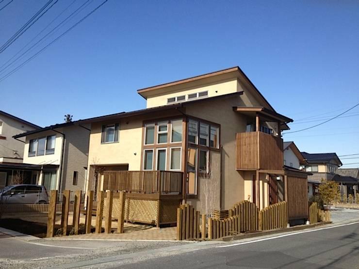 回遊性と高低差のある家 ~アクティブな住まい: 設計工房CRESSが手掛けた家です。
