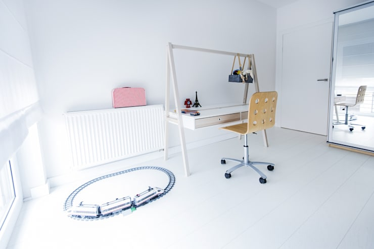 Słoneczna Katowice: styl , w kategorii Pokój dziecięcy zaprojektowany przez conceptjoana