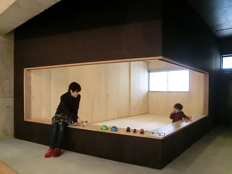 御殿場の別荘: ishizakiaaが手掛けたです。