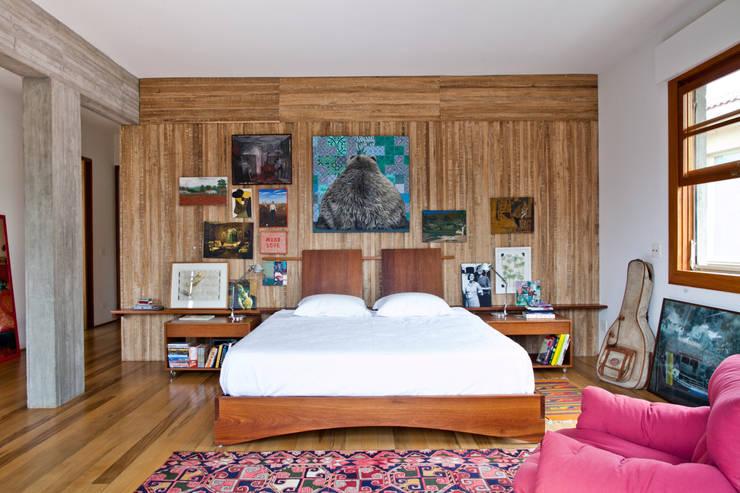 Habitaciones de estilo  por Estúdio Paulo Alves