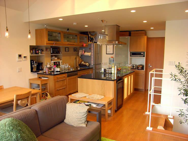 moderne Küche von 姫松親一郎建築設計事務所