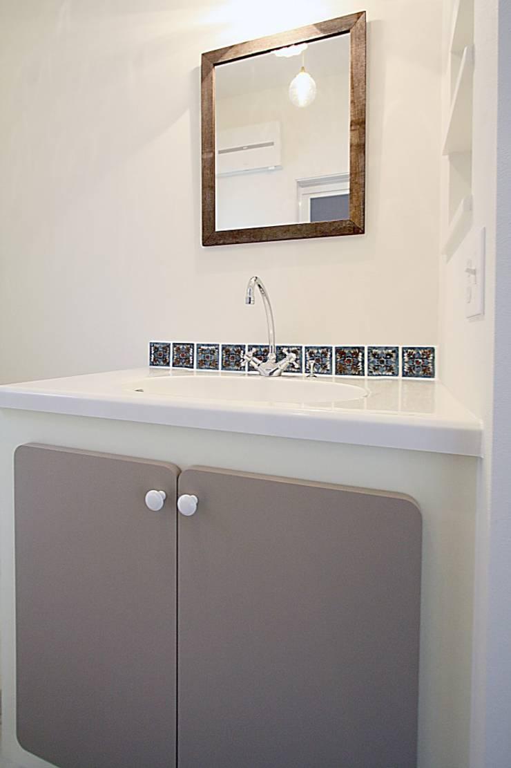 豊田市 O 様邸: 株式会社 コリーナが手掛けた洗面所&風呂&トイレです。