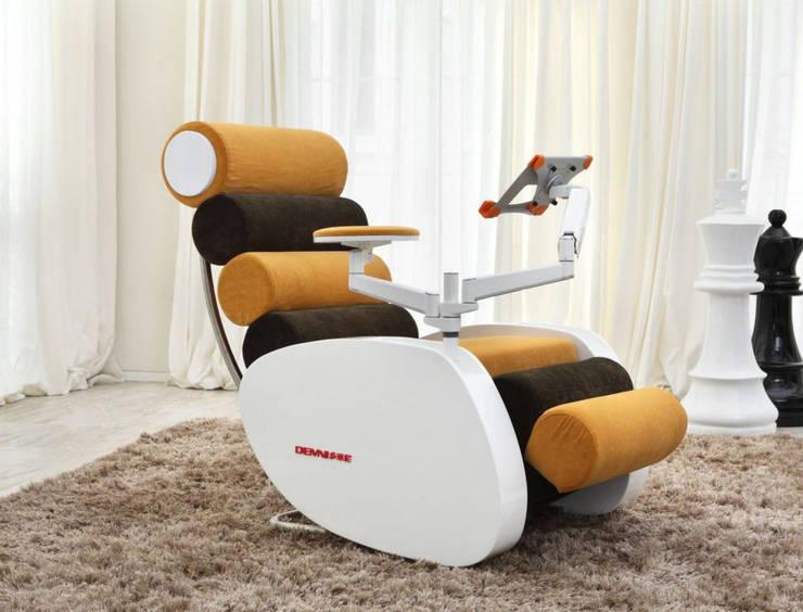 Gllamor Element Chair: modern Bedroom by Gllamor