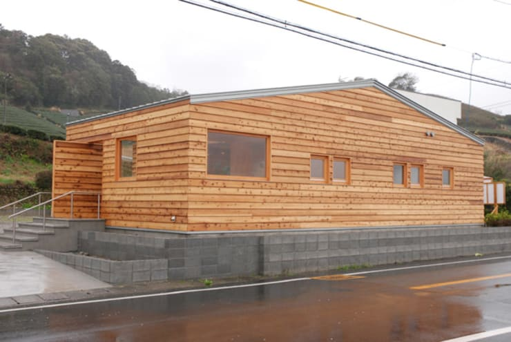 MAKINOHARA: 江口智行建築設計事務所アイビーアンドヴァインズ一級建築士事務所が手掛けた家です。