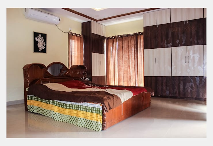 Villa at Appa Junction, Hyderabad.: mediterranean Bedroom by Happy Homes Designers