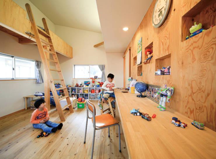 路地のある家: 株式会社田渕建築設計事務所が手掛けた子供部屋です。