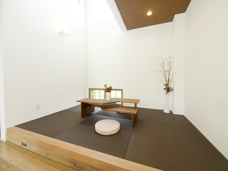 『 ほっとくつろぐ茶の間のあるすまい  』 :  Live Sumai - アズ・コンストラクション -が手掛けた和室です。,和風 紙