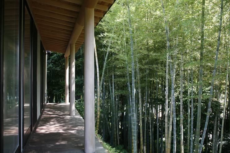 神奈川県鎌倉市 鎌倉山の家: Gen Design Factoryが手掛けた家です。