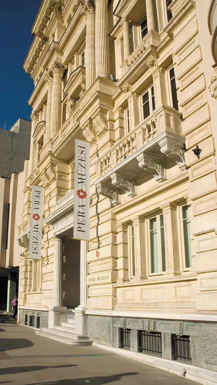 Yenilem Proje Danışmanlık T. A. Ş. – Pera Müzesi Restorasyonu:  tarz