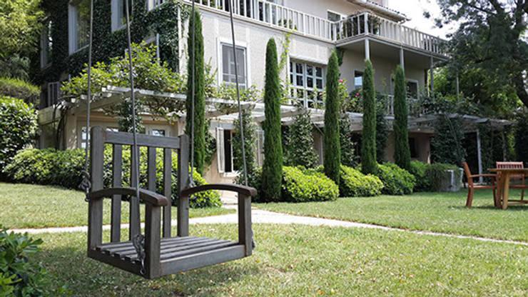 Land Design Factory – S.T. Residence: modern tarz Bahçe